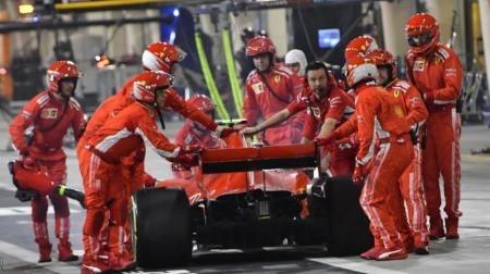 フェラーリが重大なピットミス@F1バーレーンGP