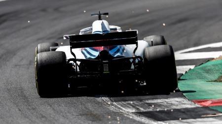 辛口ビルヌーブ、ウィリアムズのドライバーを批判