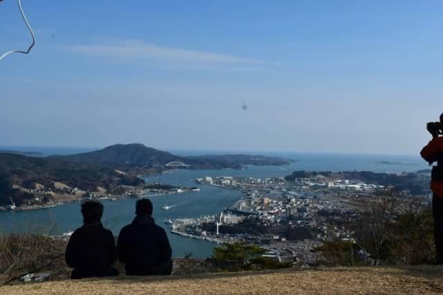 気仙沼安波山から港を見下ろす