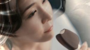 竹内結子 森永乳業 パルム「特別なチョコレート」篇CM0004