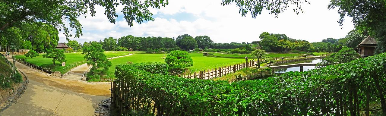 20180801 後楽園今日の南門を入って直ぐの場所から眺めた園内ワイド風景 (1)