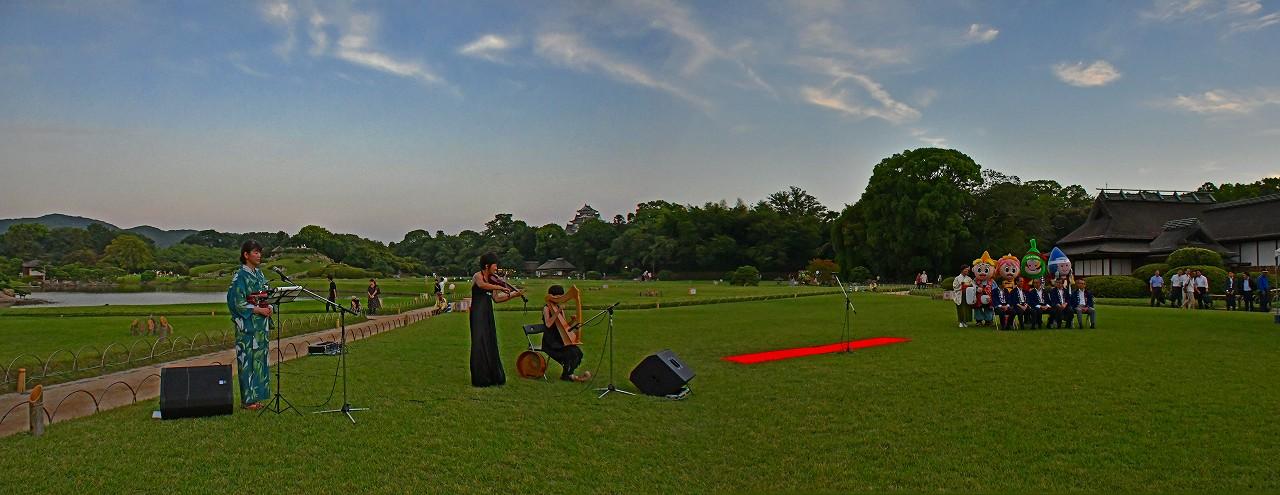 20180801 後楽園夏の幻想庭園オープニングセレモニー開始時のワイド風景 (1)