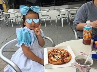 ディズニーランドピザ