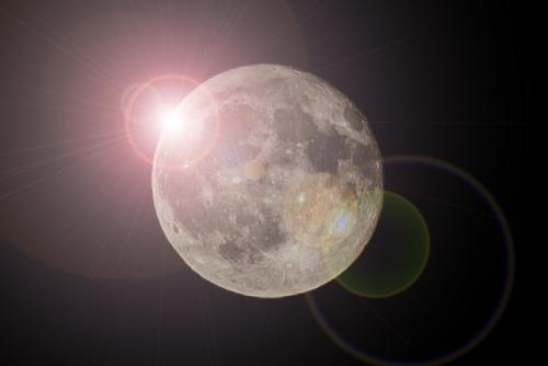 夢に見る月
