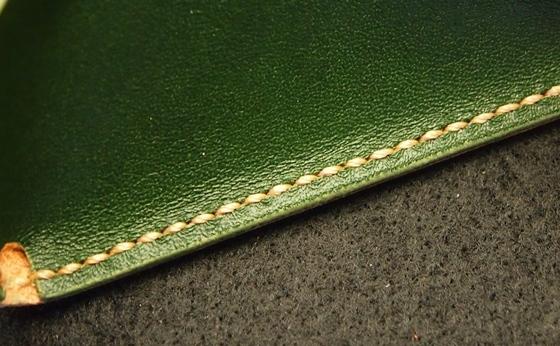 グリーン縫い目