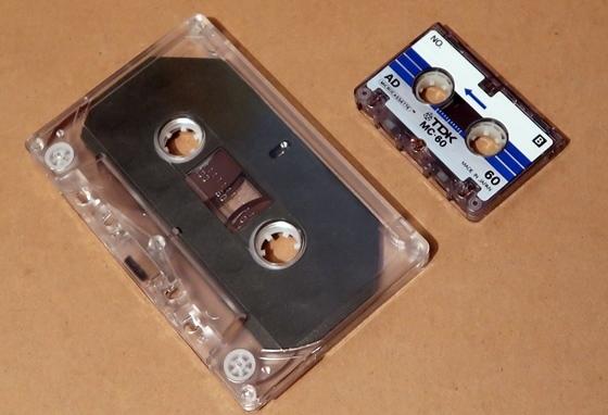 カセットテープ大きさ比較