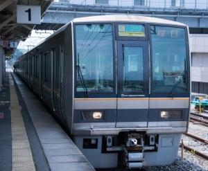 3班撮影JR木津行k区間快速車両