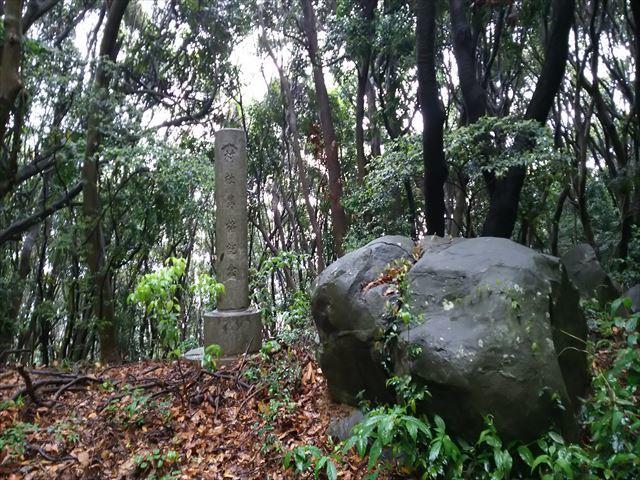 景石神社 2_R