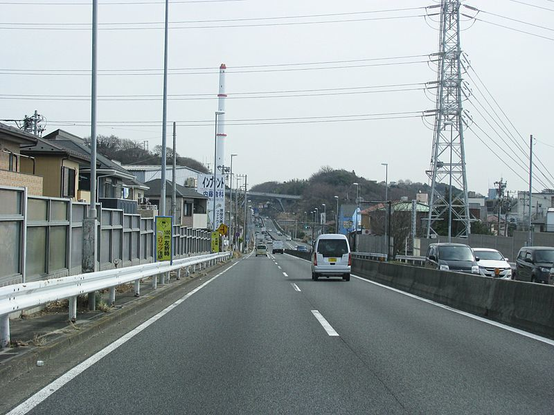800px-Japan_National_Route_1_-45.jpg