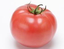 トマトとチェダーチーズ 材料①