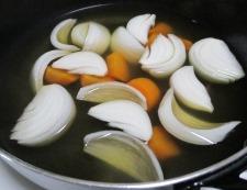 春野菜とソーセージ 調理④