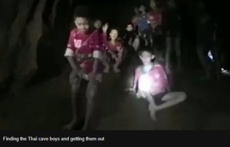 missing 13 boys found in cave (1)