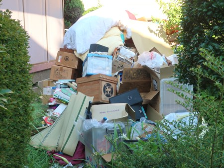 piled up garbage073118 (1)