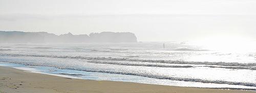s-朝霧の須賀海岸2180727