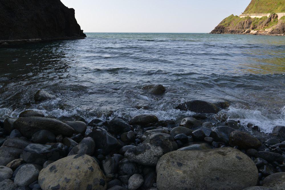 石の浜へ-2