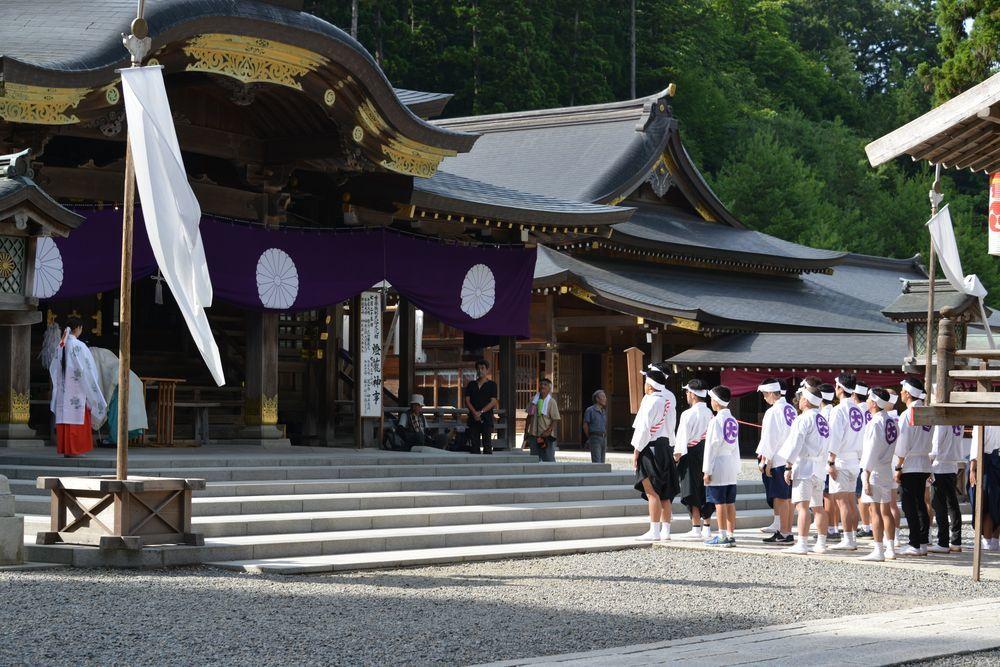 神社の祭り-6