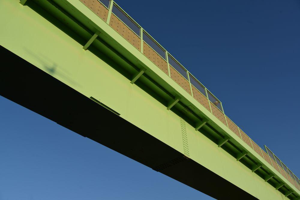 西日 跨線橋-1