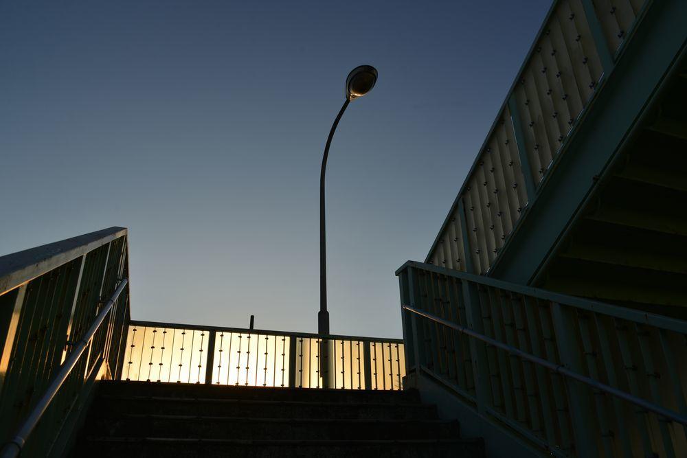 西日 跨線橋-5