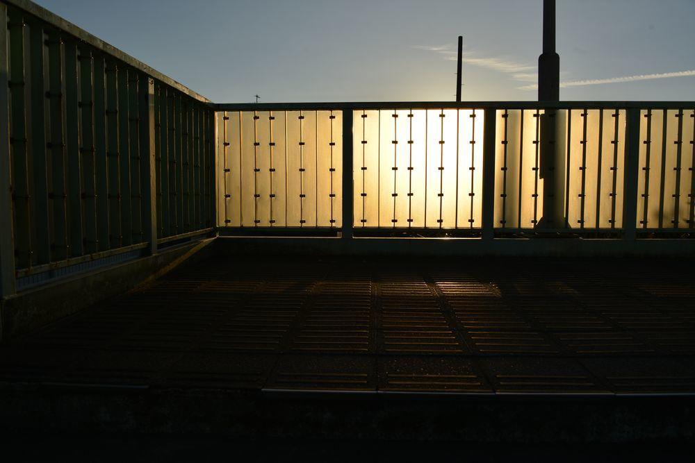 西日 跨線橋-6