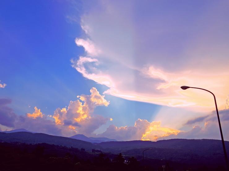 夕空と吾妻山