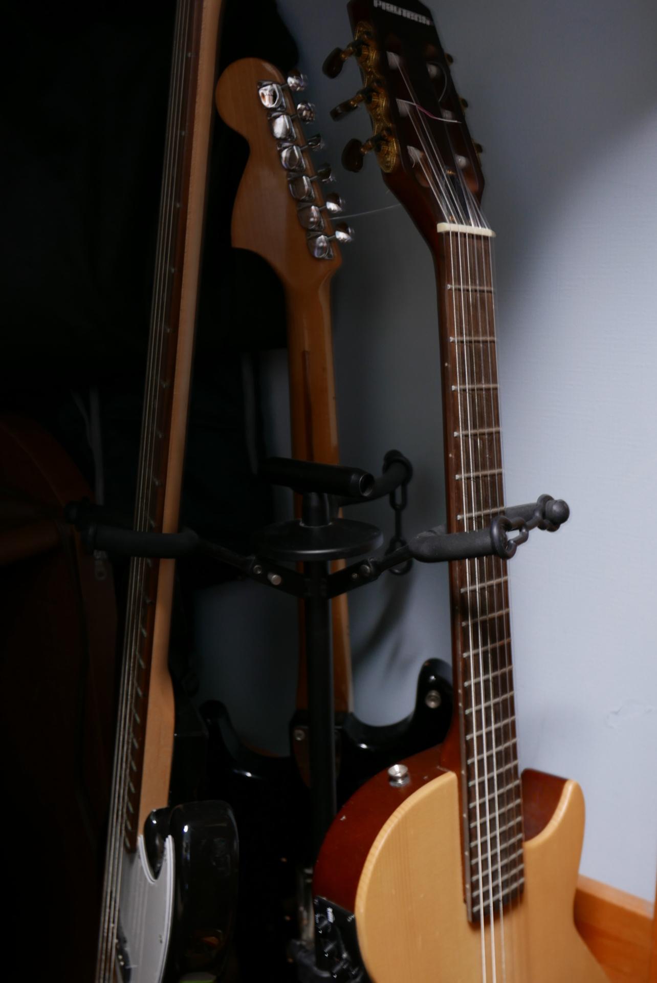 2:ギターベース類