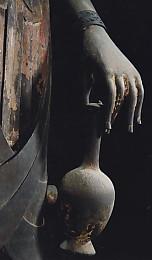 法隆寺百済観音水瓶を持つ手