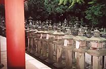 春日大社門前の燈籠