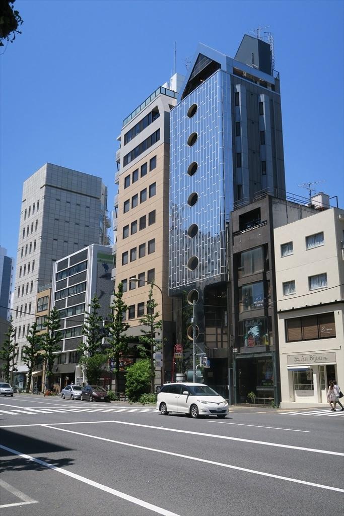 さらに歩を進めて代官山駅に向かう道筋_3
