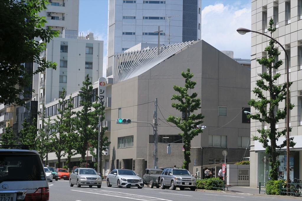 さらに歩を進めて代官山駅に向かう道筋_4