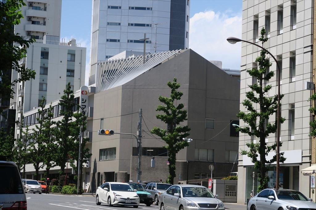 さらに歩を進めて代官山駅に向かう道筋_5