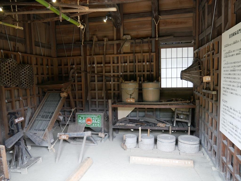 旧谷岡家住宅表門_敷地内部から見た様子_3