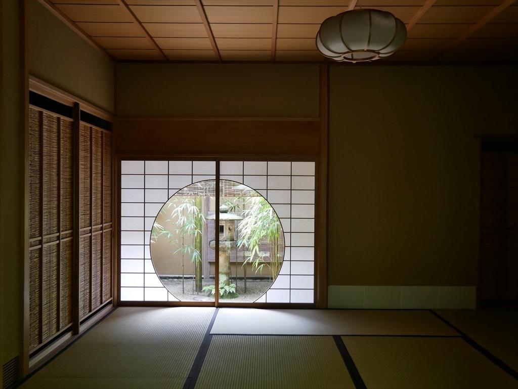 茶席『時雨』の円窓_3