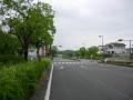 180728木津川台のだらだら坂を上っていく
