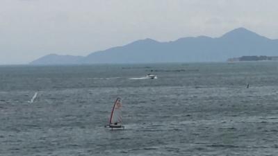 春の嵐が接近中の琵琶湖(YouTubeムービー)