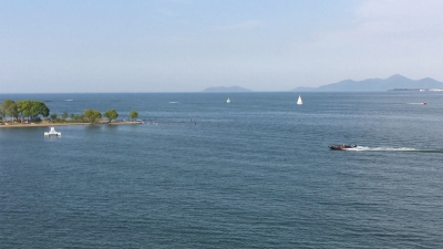 絶好の釣り日和の琵琶湖北湖(YouTubeムービー)