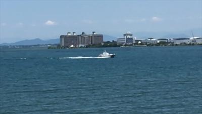 酷暑の琵琶湖を水上警察が爆走!!(YouTubeムービー)