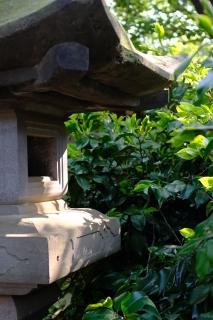 15神社の諏訪神社灯籠