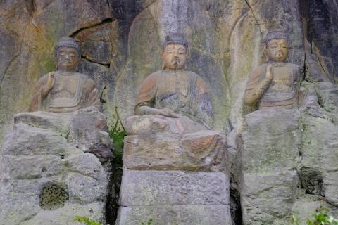 09臼杵の石仏