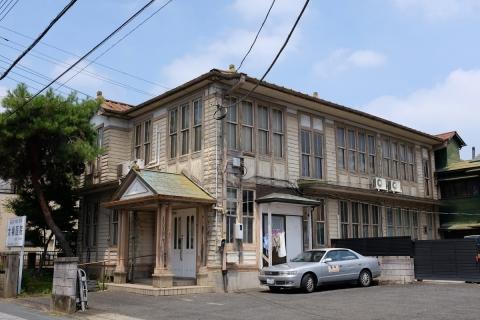 07古い医院