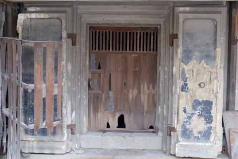 08蔵の扉