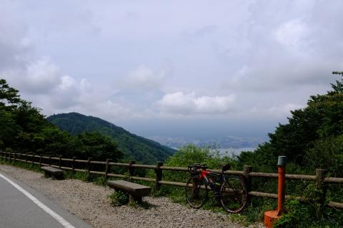 08御坂峠から富士山