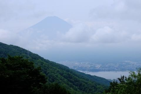 09御坂峠から富士山