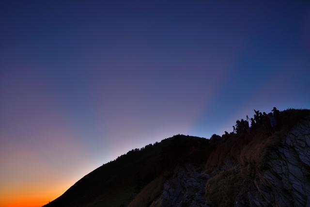日没と裏後光(1)