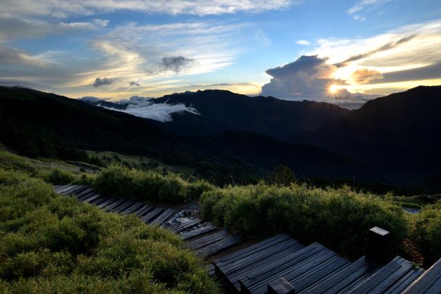 山荘の日の出(2)