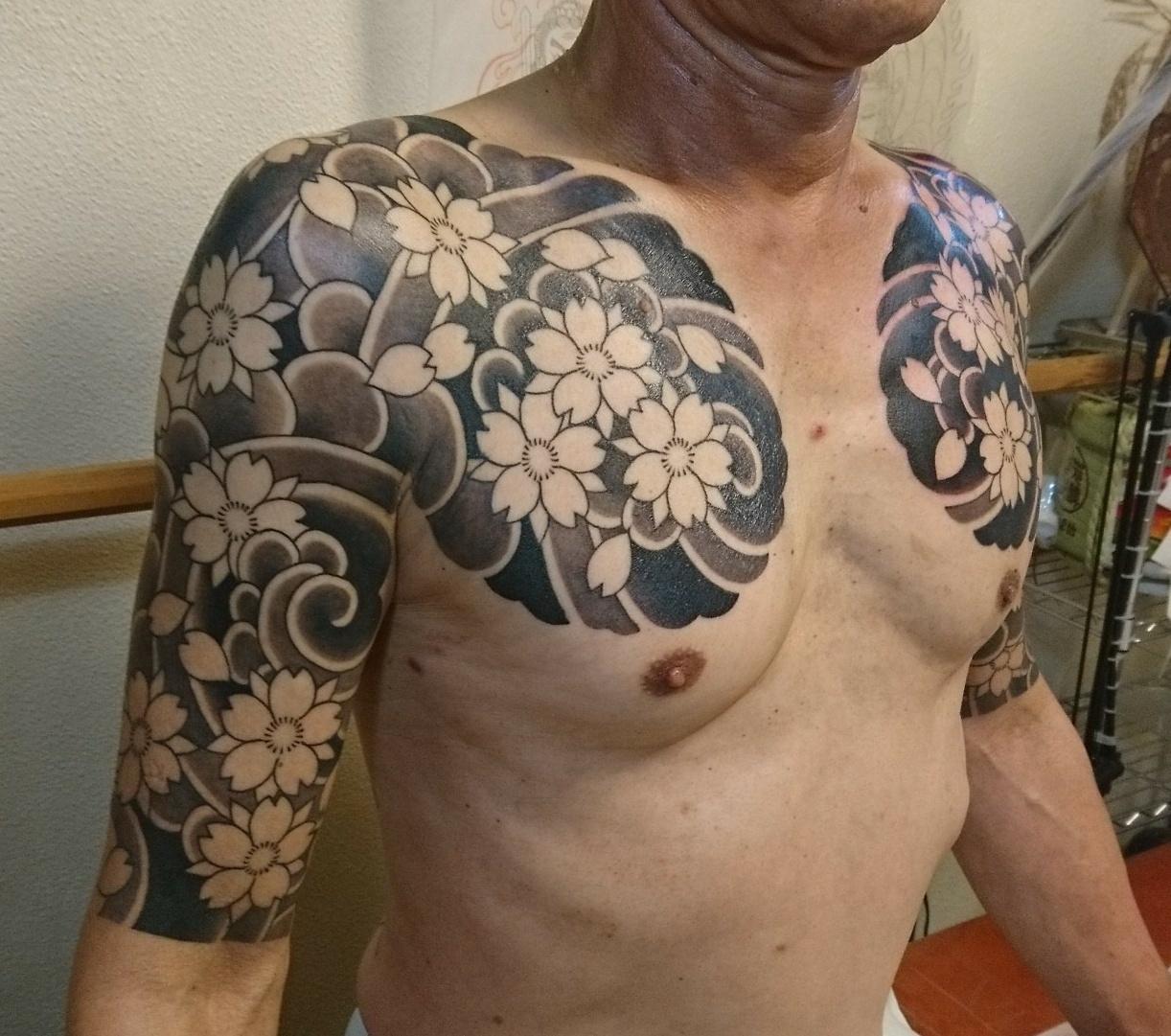桜 吹雪 刺青