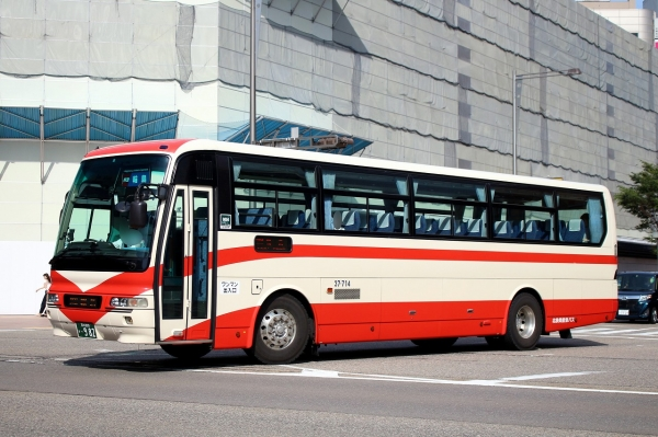 石川200か・982 37-714