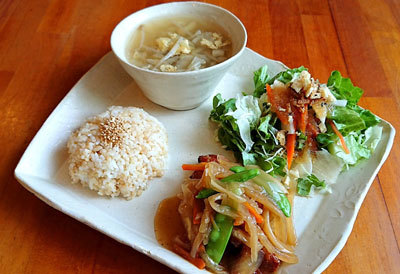 鶏肉と豆腐の甘酢和えプレート