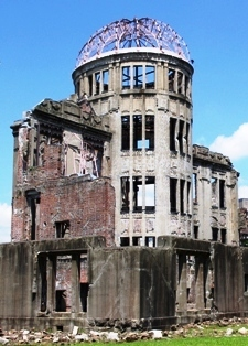 20100722_Hiroshima_Genbaku_Dome_4461[1]
