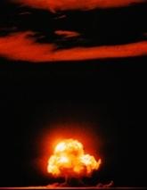世界発原爆実験
