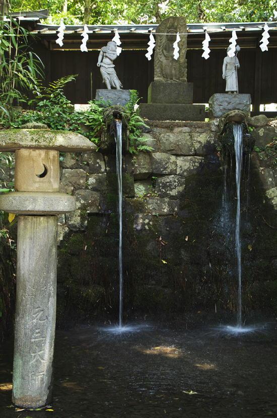 滝-878